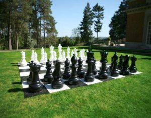 giant-chess-wedding-home-page