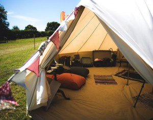 bell-tent-photo-booth